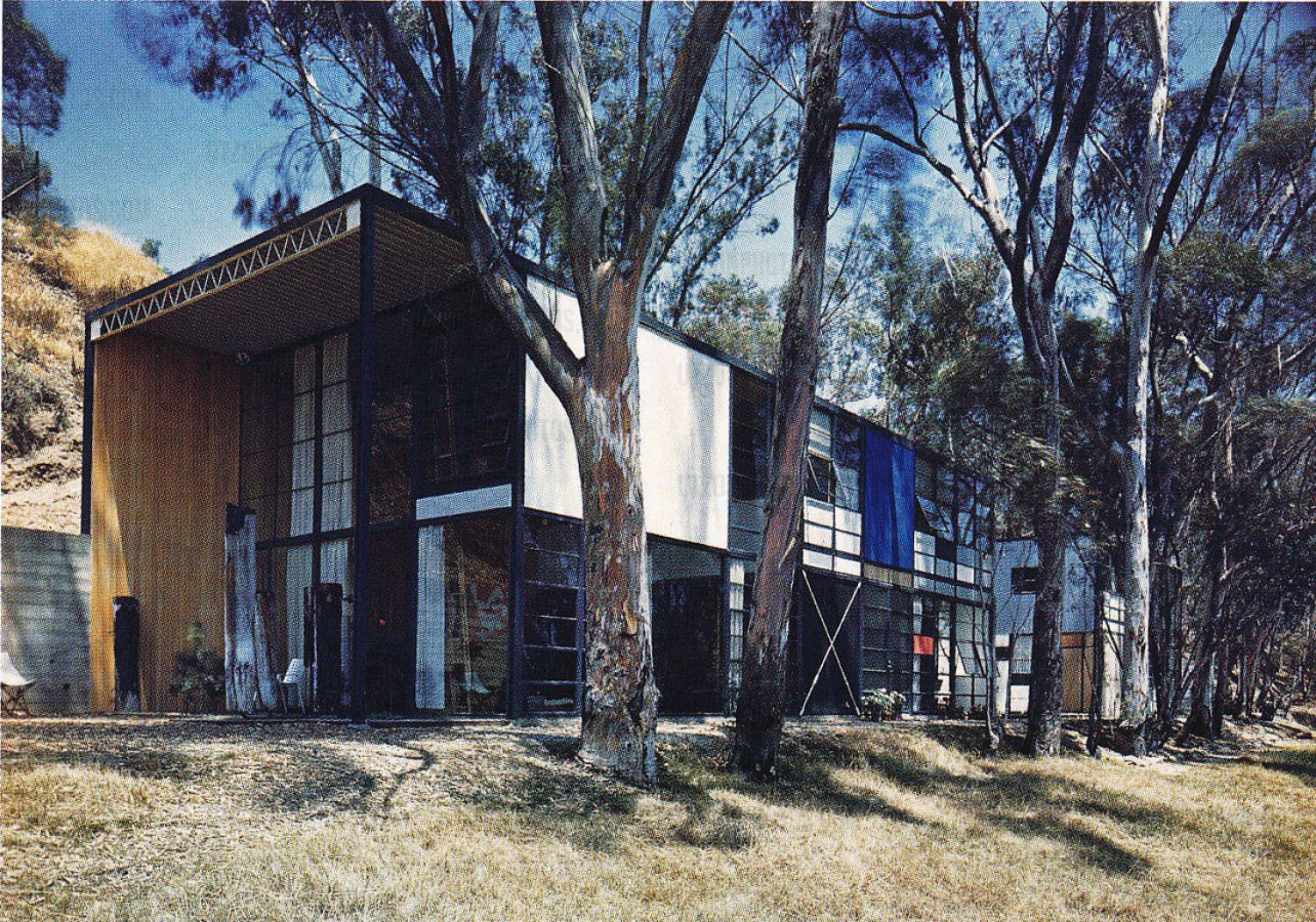 Location  Eames House